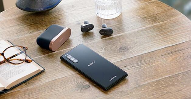 De Sony Xperia 5 nu te bestellen met een telefoonabonnement bij KPN.
