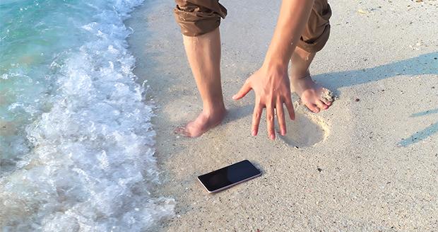 Telefoon in het water gevallen